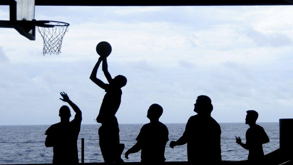 Valmentaja esikuvana – nuuskaava valmentaja ei näytä hyvää esimerkkiä